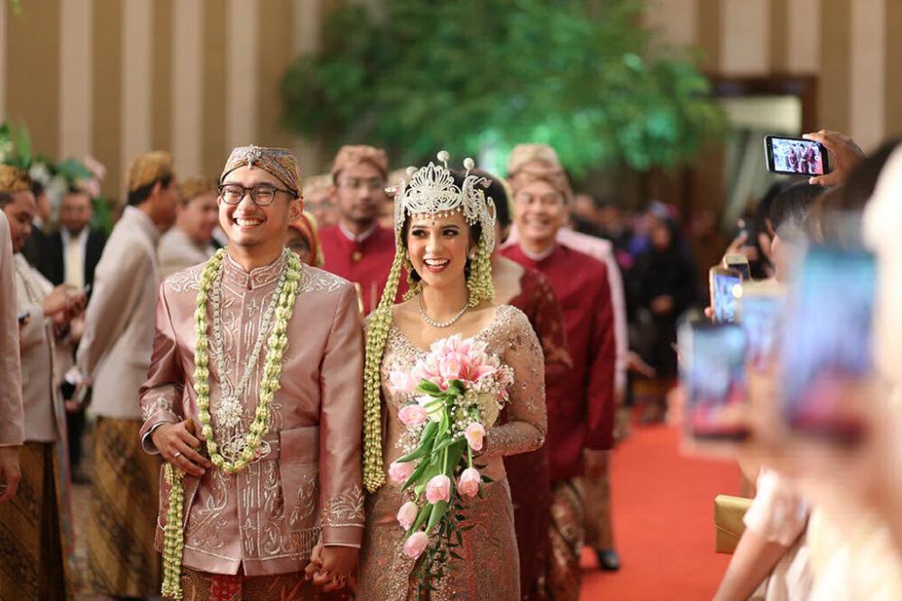 Contoh Isi Undangan Pernikahan Sunda