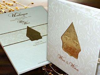 Contoh undangan pernikahan jawa warna putih