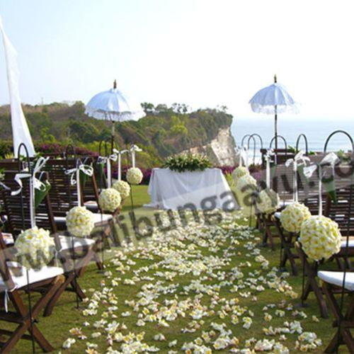bali bunga ayu dekorasi lighting pernikahan
