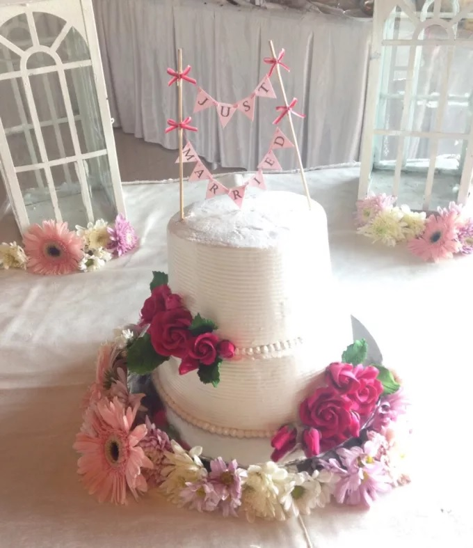 delichoux kue pernikahan