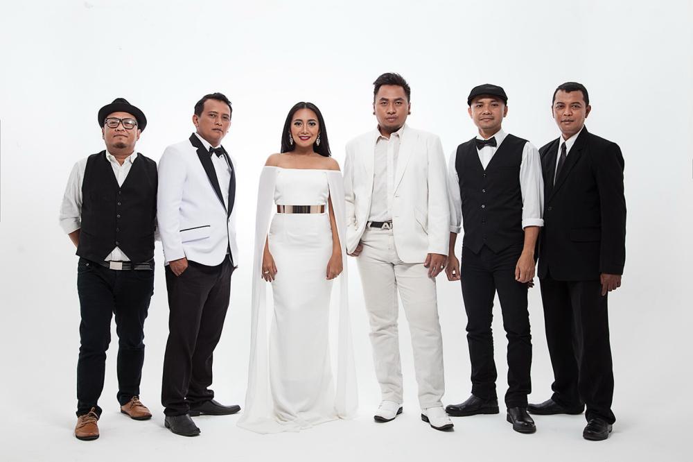 djampiro band bali hiburan musik pernikahan