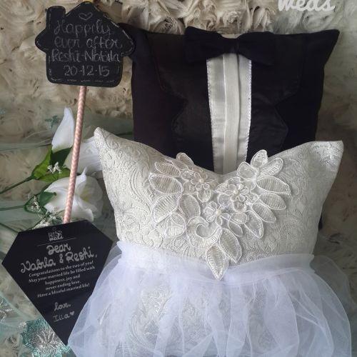 fashion pillow weds souvenir gift pernikahan
