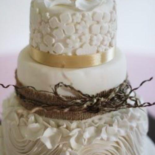 ika bali cake kue pernikahan