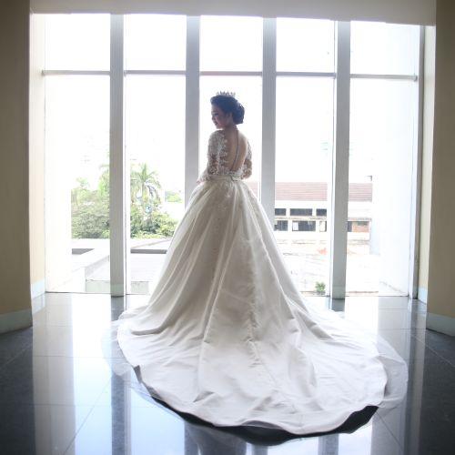 infinite crown aksesoris pernikahan