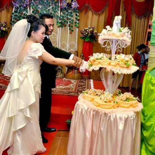 n glam bridal gaun busana pernikahan