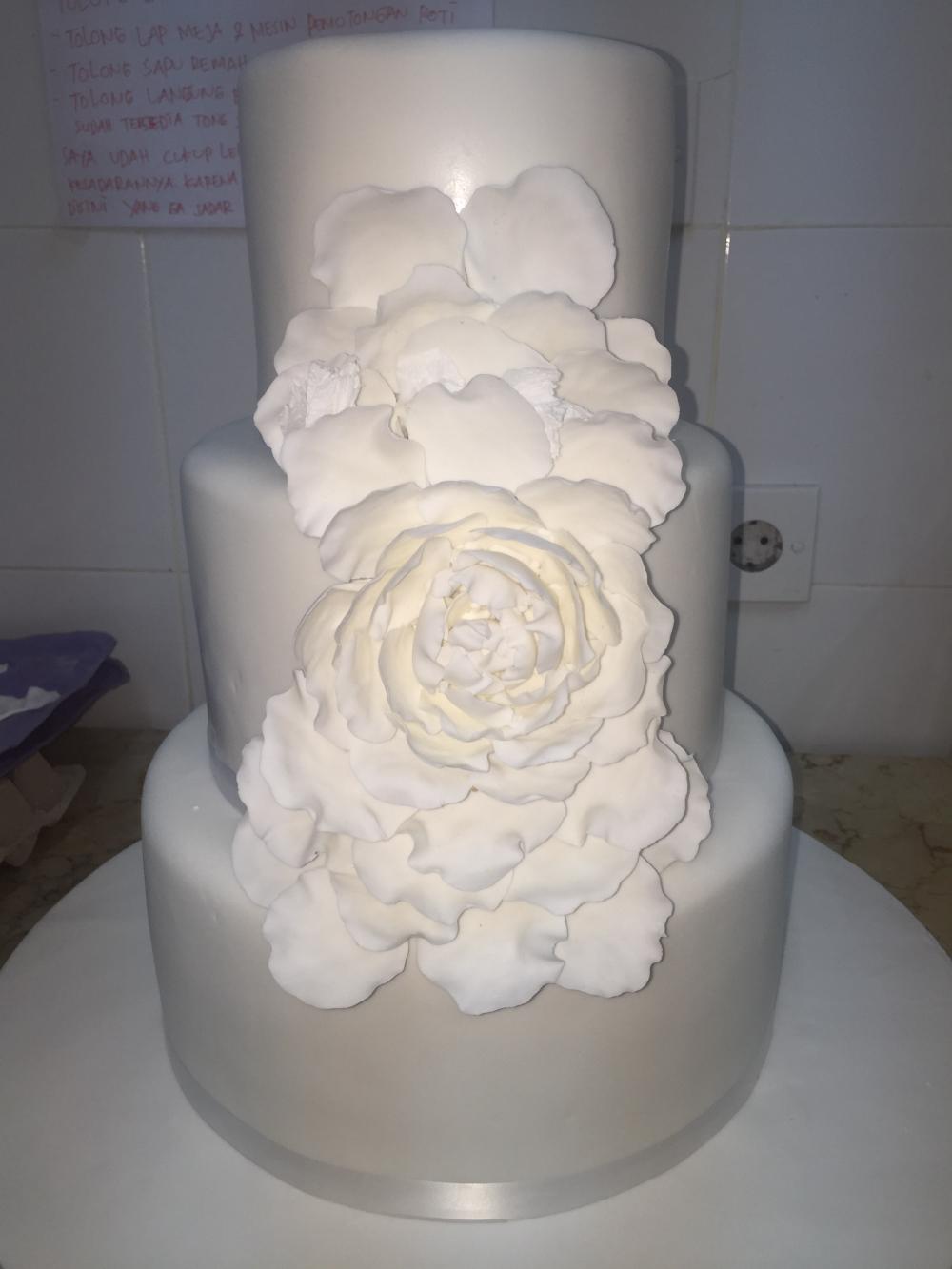 pearl cakes bali kue pernikahan