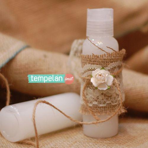 tempelan imut souvenir souvenir gift pernikahan